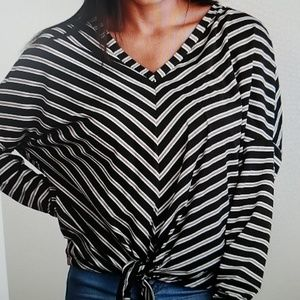Black Stripe Design Tie Hem Blouse